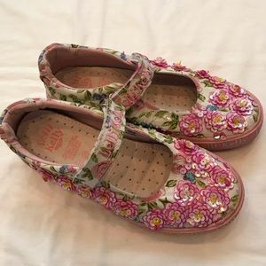LELLI KELLY floral/sequined canvas upper shoe